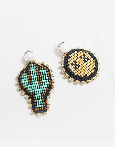 Smile cactus earring